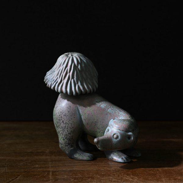 Skunk by Gunnar Nylund