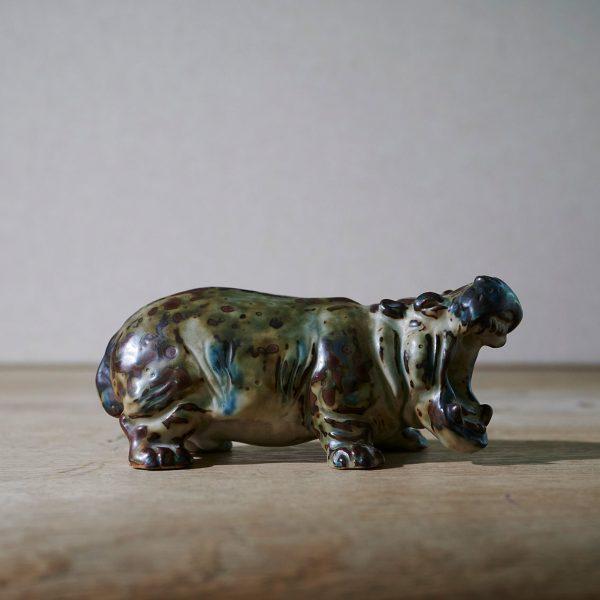 Hippo by Knud Kyhn
