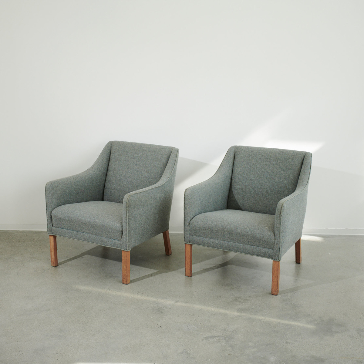 Pair of armchairs attributed to Ole Wanscher
